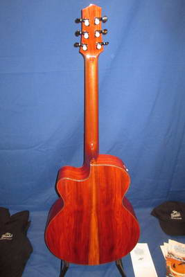 Chakte Kock - Red Heart Striebel Western Gitarre